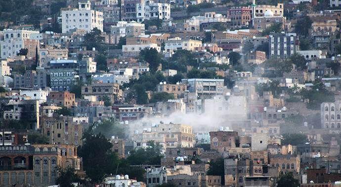 Koalisyon güçleri Taiz'deki hükümet güçlerine silah yardımı yaptı