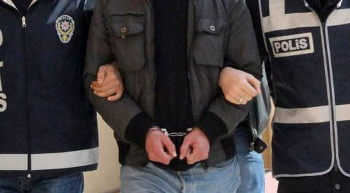 Yasadışı dinlemede 3 tutuklama