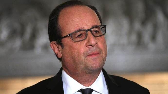 Hollande'ı eleştiren sunucu işten atıldı