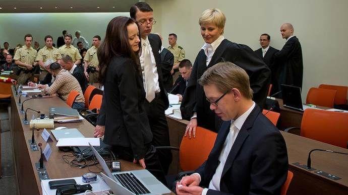 NSU davasında sanık avukatları çekilmek istedi