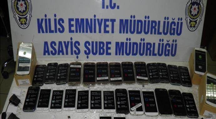 Kilis'te 19 kaçakçı gözaltına alındı
