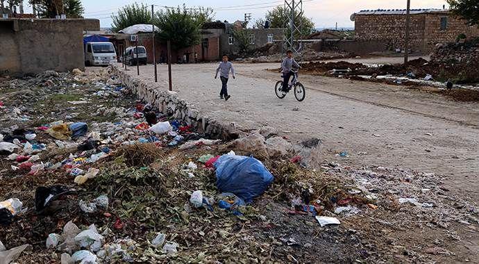 'HDP'ye oy vermediğimiz için çöplerimiz toplanmıyor'