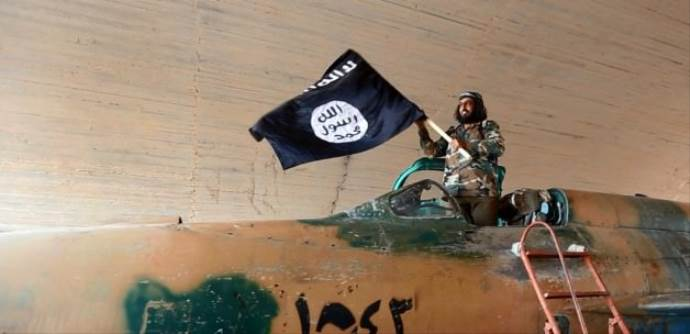 Saldırı korkusu IŞİD'e bunları yaptırdı