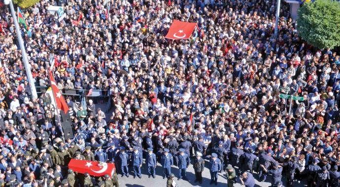 Belediye ile PKK'dan kahpe ortaklık