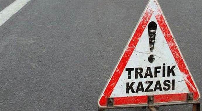 İstanbul'da otobüs ile minibüs çarpıştı: 10 yaralı