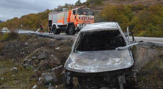 Petrol tankeri otomobile çarptı: 1 ölü, 1 yaralı