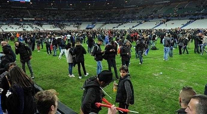 Paris'teki saldırı sonrası statta büyük panik
