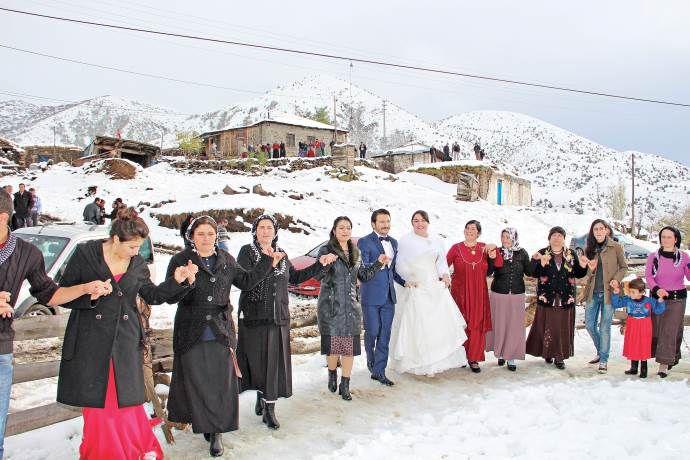 Kır yerine kar düğünü
