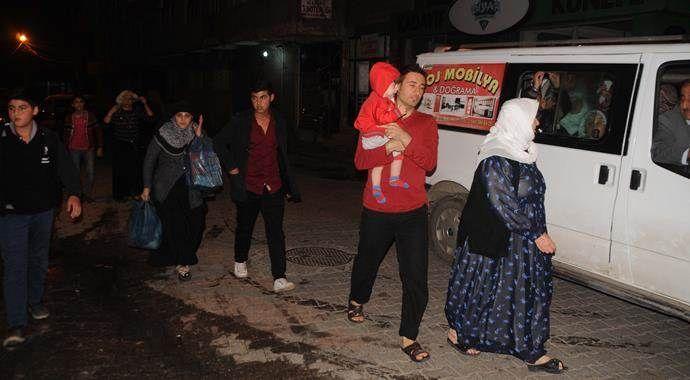Cizre'de halk yollara düştü!