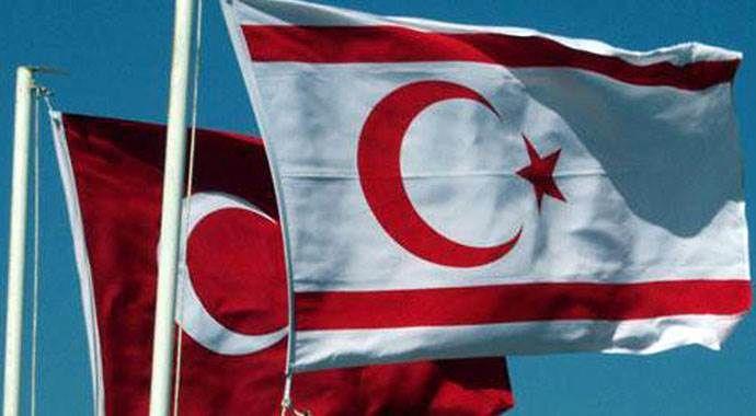 Başbakan Davutoğlu'ndan KKTC'nin 32. Kuruluş Yıldönümü mesajı