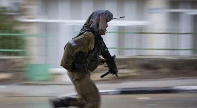 İsrail askerlerinden mülteci kampına baskın