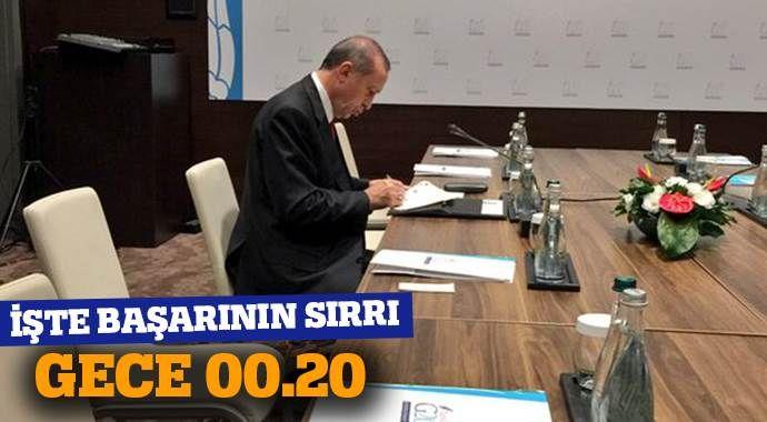 Cumhurbaşkanı Erdoğan'ın başarısını gösteren fotoğraf