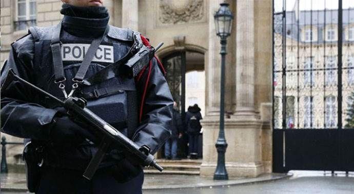 Türk yetkiliden 'Paris saldırganı' açıklaması