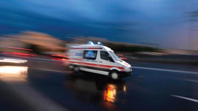 Tekirdağ'da minibüs otomobille çarpıştı: 8 yaralı