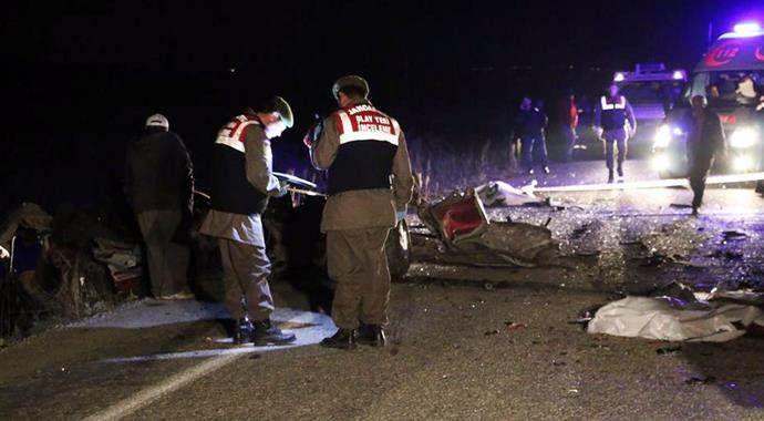 Denizli'de feci kaza, 2 kişi hayatını kaybetti