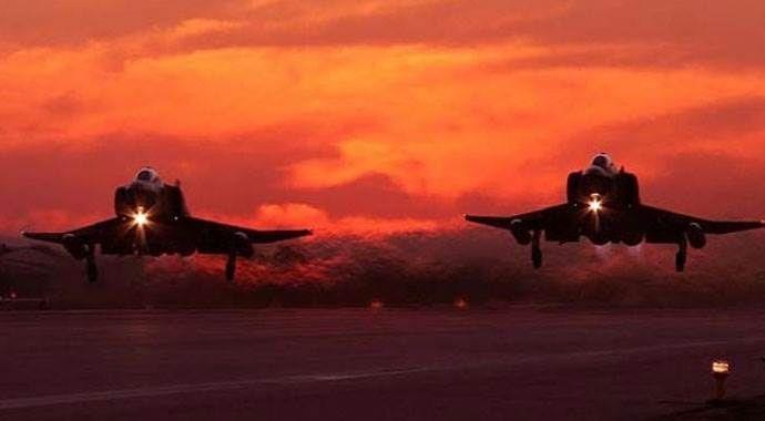 ABD ve Rus uçakları Suriye semalarında 'ileşitim testi' yaptı
