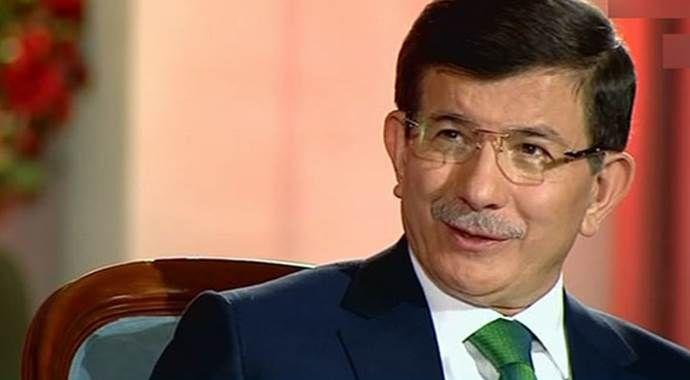Davutoğlu İstanbul'daki temaslarının ardından Ankara'ya gitti