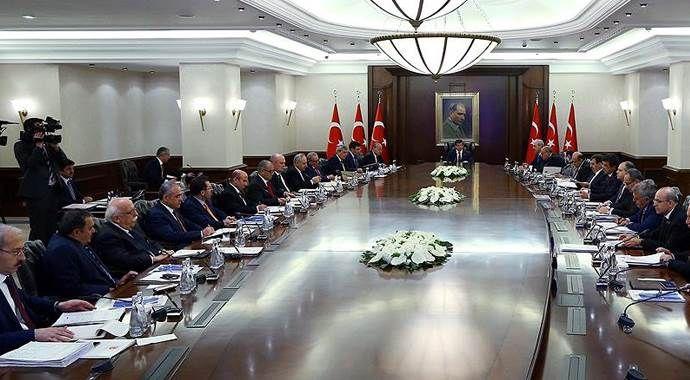 'Geçici hükümetin görev süresi' tartışması