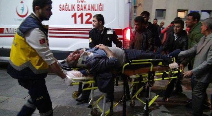 Kız istemeden dönerken kaza yaptılar, 8 yaralı