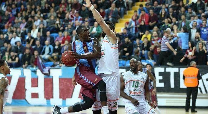 Trabzonspor Medical Park Avrupa'da Banvit'i yendi