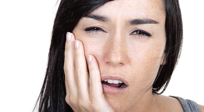 Tekrarlayan ağız yaraları behçet hastalığı habercisi