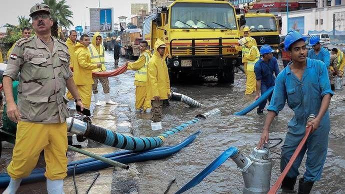 Mısır'da sel felaketi: 9 ölü