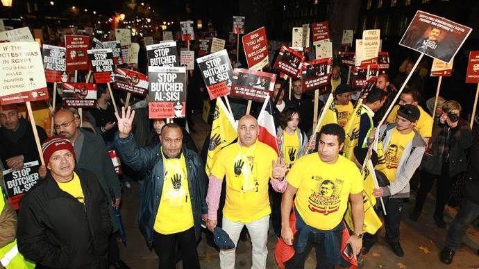 Londra'da Sisi protestosu