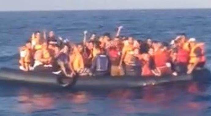 Bir mülteci teknesi daha battı!