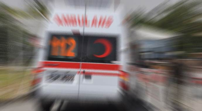 İstanbul'da sığınmacıları taşıyan minibüs devrildi, 6 yaralı var