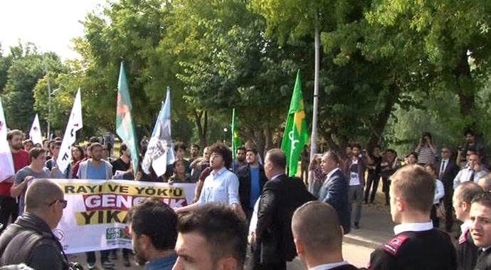 Akdeniz Üniversitesi karıştı, 10 gözaltı var