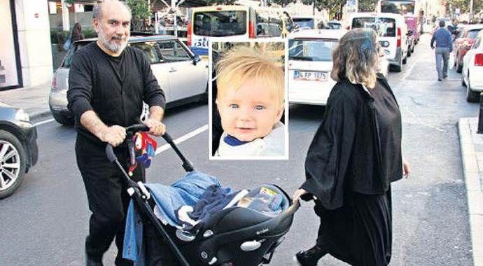 Mustafa Avkıran bebeğiyle ilk kez görüntülendi