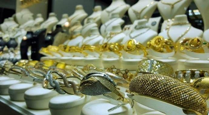 Sandıktan istikrar çıkması altın fiyatlarını düşürdü
