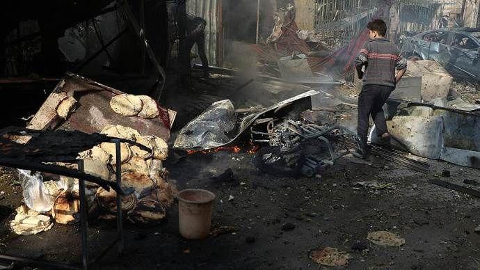 Katil Esad güçleri Duma'da sivilleri vurdu: 10 ölü