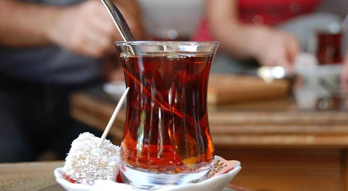 'Soğuk havada aşırı sıcak çay tüketilmemeli'