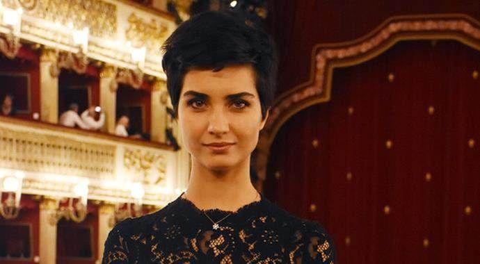 Tuba Büyüküstün'e Vatikan'da ödül