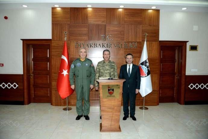 Genelkurmay Başkanı Hulusi Akar'dan Diyarbakır ziyareti