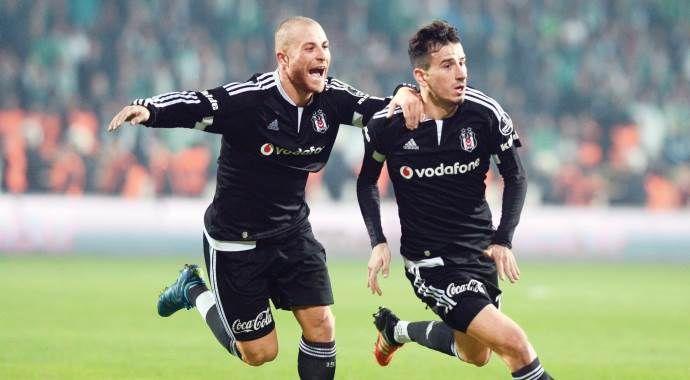 Beşiktaş koltuğa yapıştı