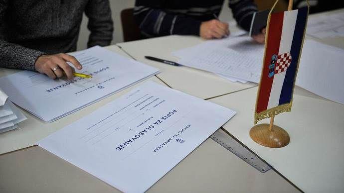 Hırvatistan'da seçimin galibi 'Vatansever' ittifakı