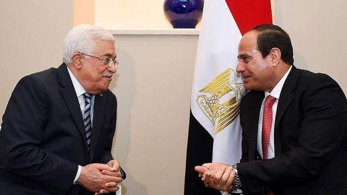 Abbas, darbeci Sisi ile görüştü