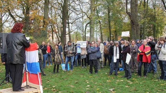 Irkçı PEGIDA, Utrecht'te toplandı