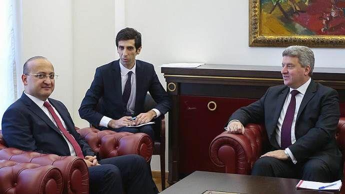 Akdoğan, Makedonya Cumhurbaşkanı ile bir araya geldi