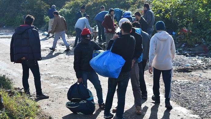 İspanya, 12 kişilik ilk sığınmacı grubunu ülkeye getirdi