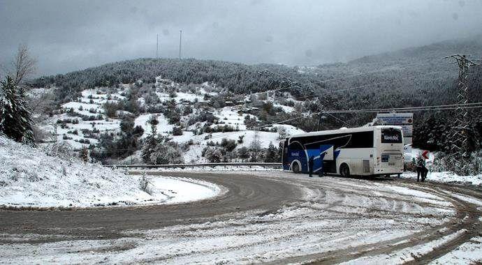 Ilgaz Dağı'nda ulaşıma kar engeli!