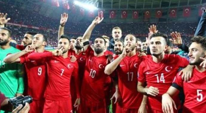 Türkiye-Yunanistan maçının hakemi belli oldu