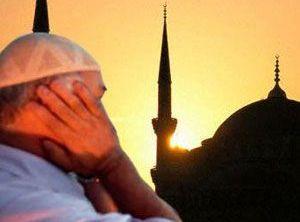Adana'da cuma saat 12.00'ye sabitlendi
