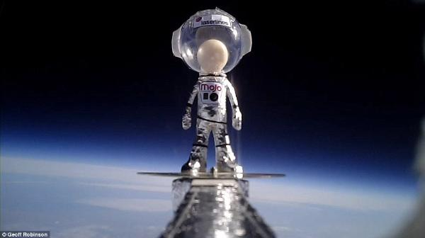 Minyatür astronot Mojoman