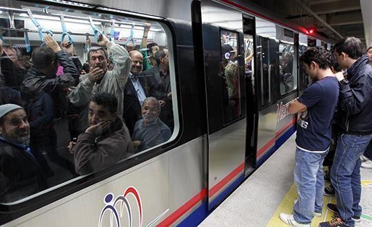 Marmaray'da merak izdihamı