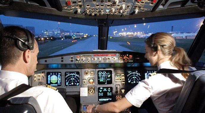 Uçak yolcusu kadın pilota güvenmiyor