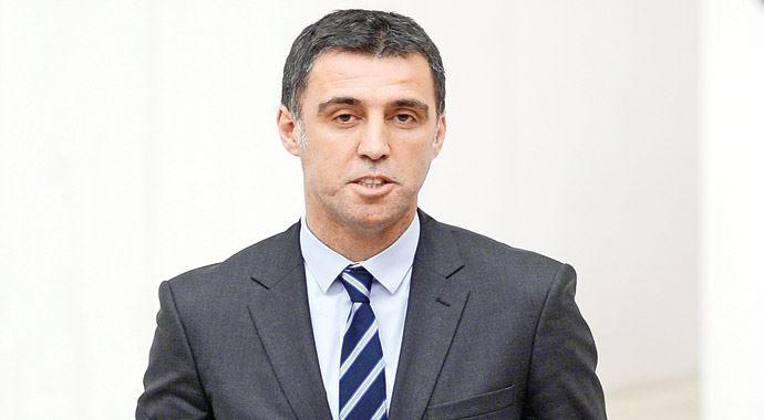 Hakan Şükür'den 'dershane' istifası