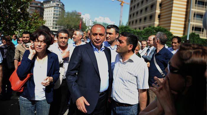 CHP'li Tekin yardım istedi, Kılıçdaroğlu Gezi Parkı'na geliyor